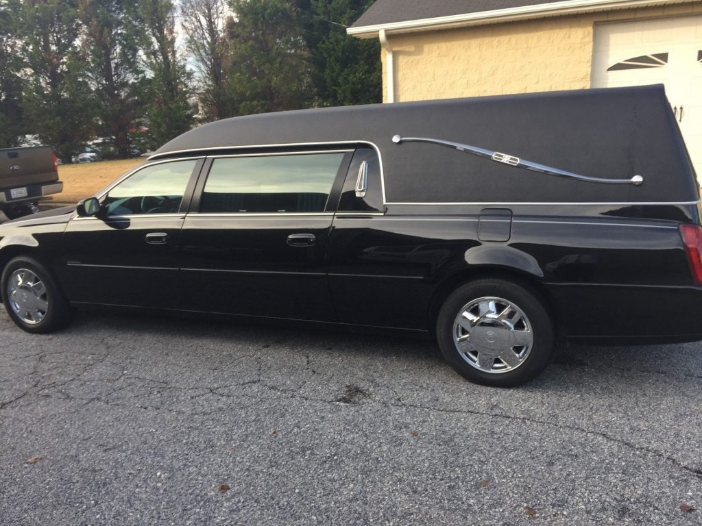 well serviced 2000 Cadillac Hearse