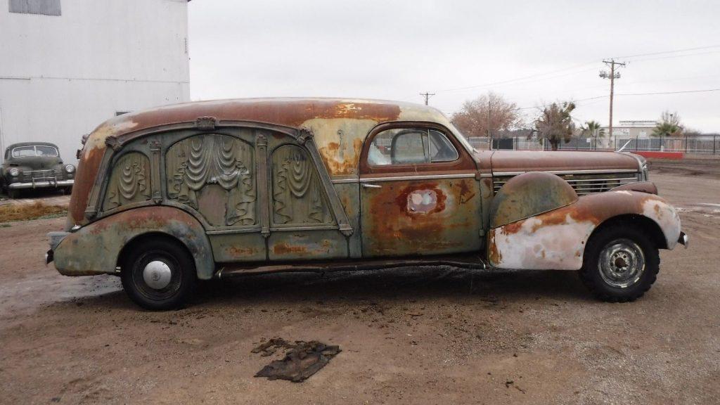 barn find 1938 Cadillac Lasalle S & S Hearse