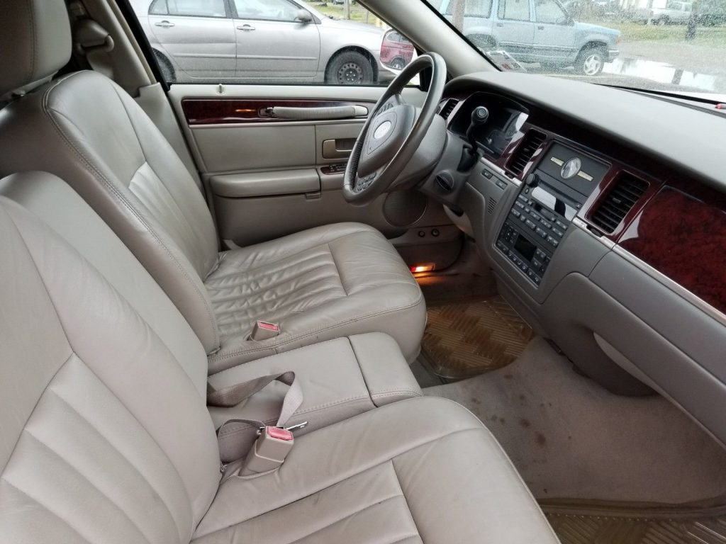 rust free 2004 Lincoln Town Car Hearse