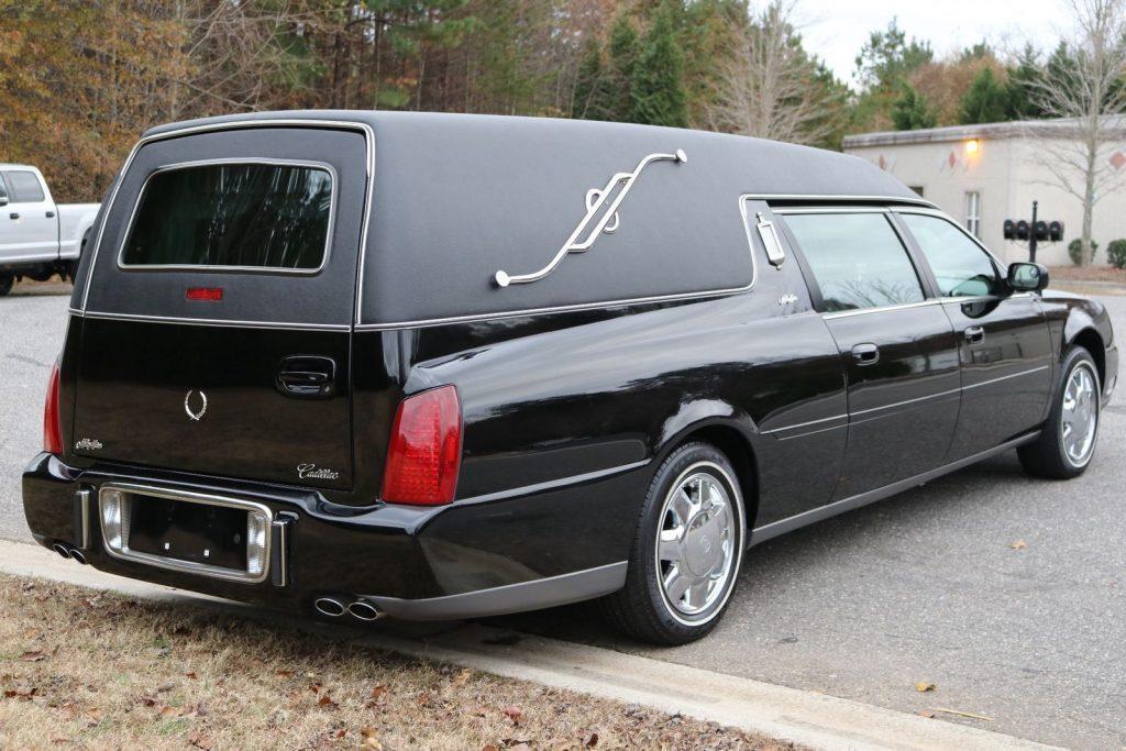 very clean 2001 Cadillac Deville Miller Meteor Hearse