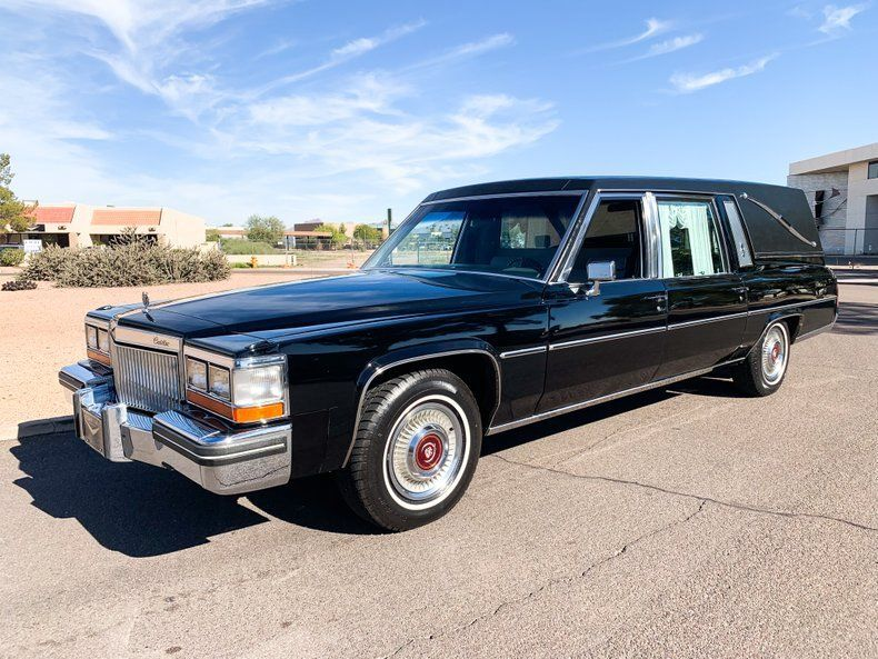 low miles 1980 Cadillac Deville Superior Hearse