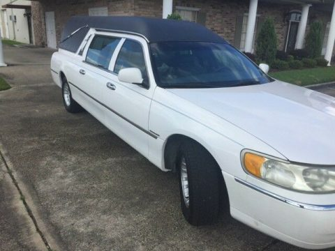 low miles 1998 Lincoln Town Car hearse for sale