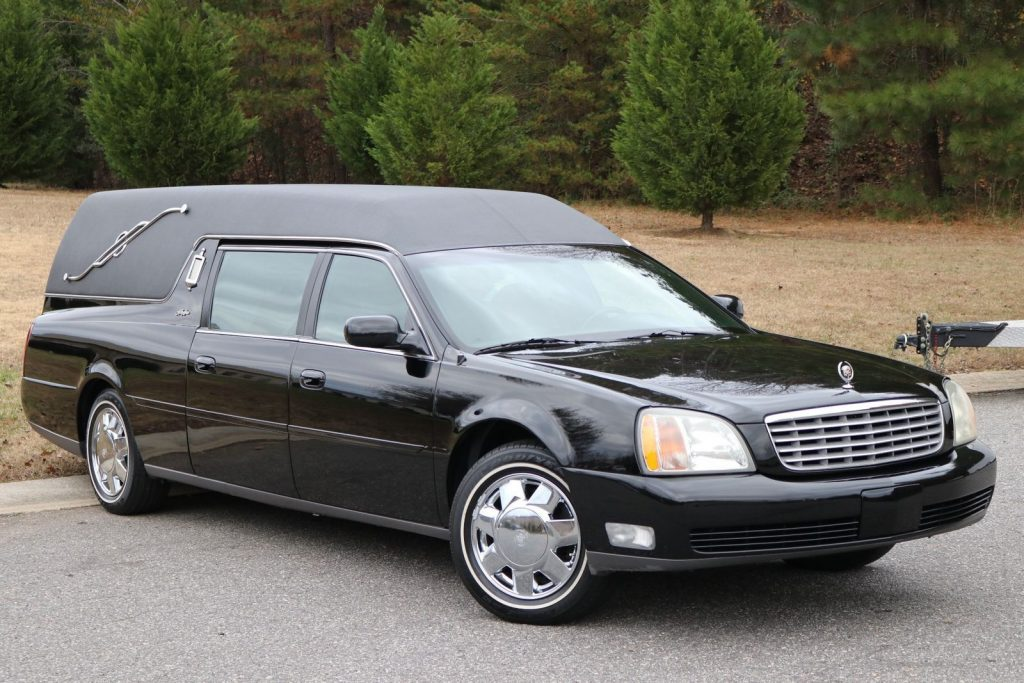 low miles 2001 Cadillac Deville HEARSE