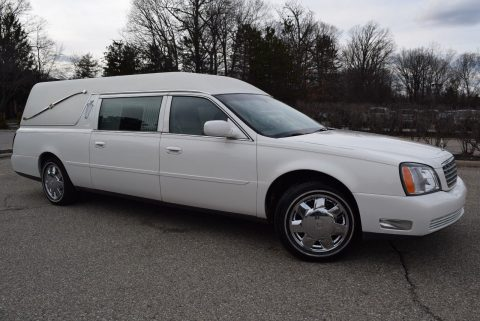 smooth running 2004 Cadillac Deville Hearse for sale