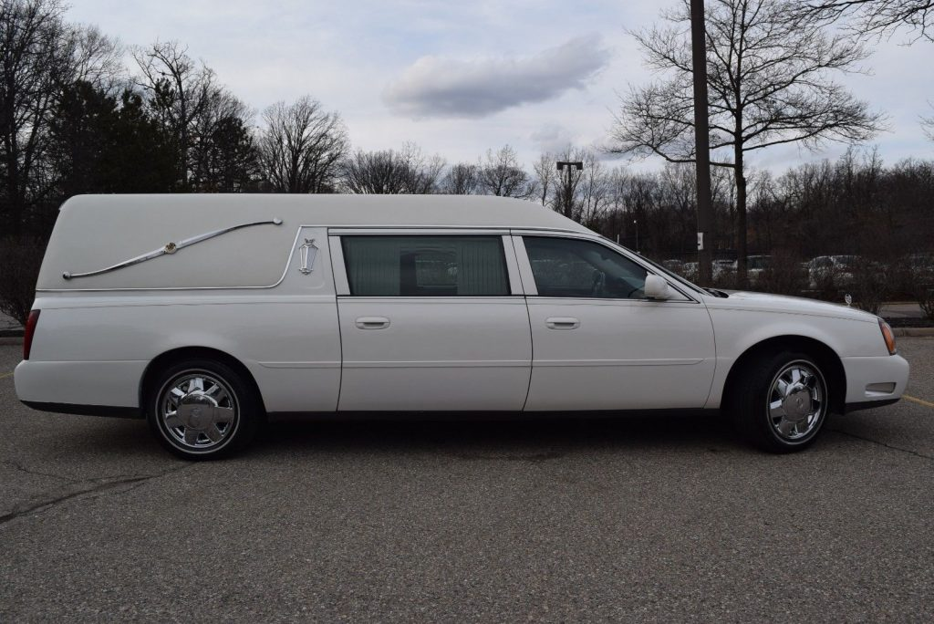 smooth running 2004 Cadillac Deville Hearse