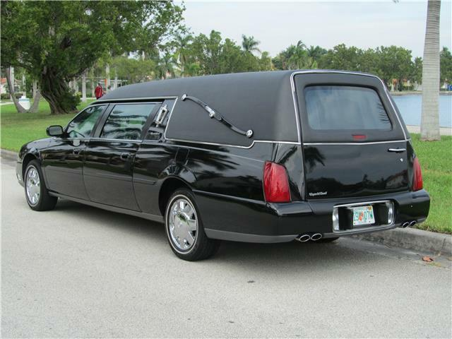 strong running 2004 Cadillac Deville Hearse