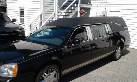 well serviced 2004 Cadillac Superior Hearse for sale