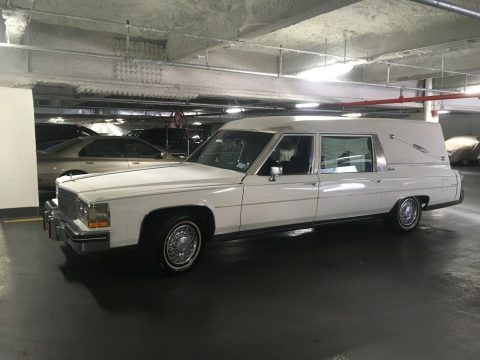 great shape 1984 Cadillac hearse for sale