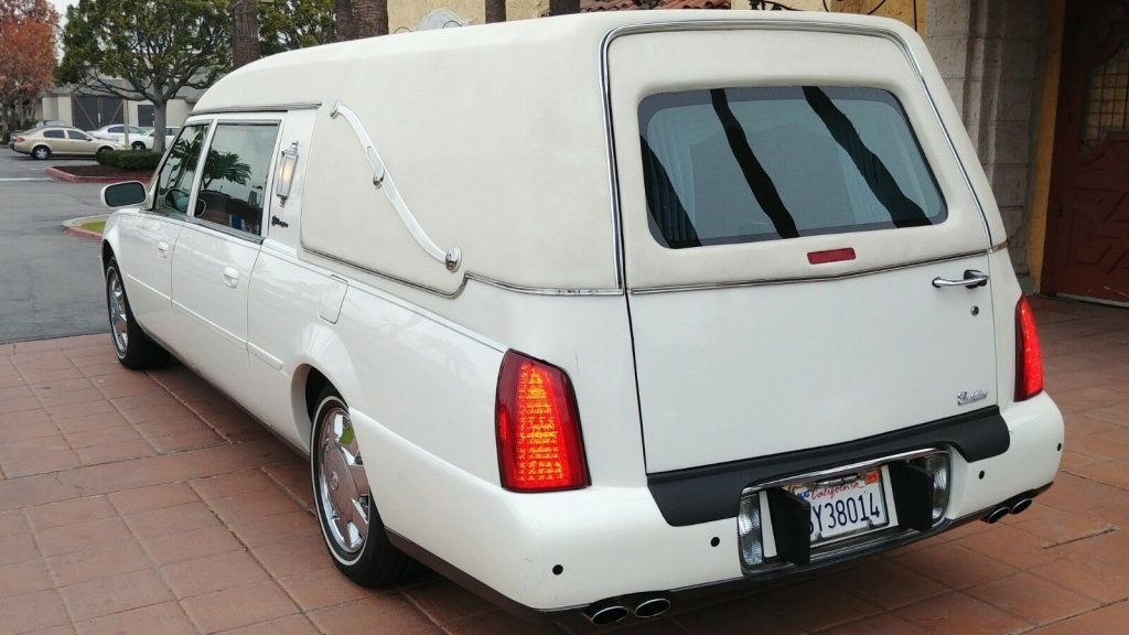 great shape 2002 Cadillac S&S hearse