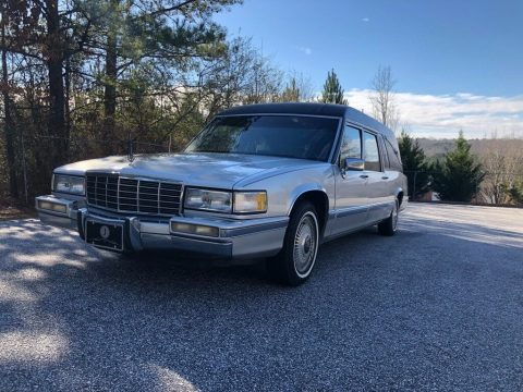 minor issues 1991 Cadillac DeVille Superior hearse for sale