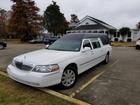 very clean 2004 Lincoln Town Car Hearse for sale