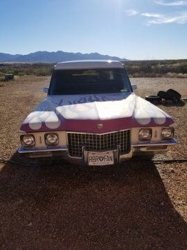 custom paint 1971 Cadillac Superior Hearse for sale