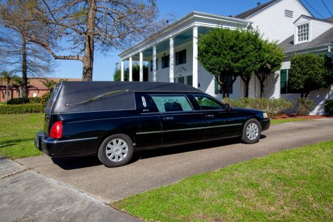 rust free 2006 Lincoln Town Car Superior Hearse for sale