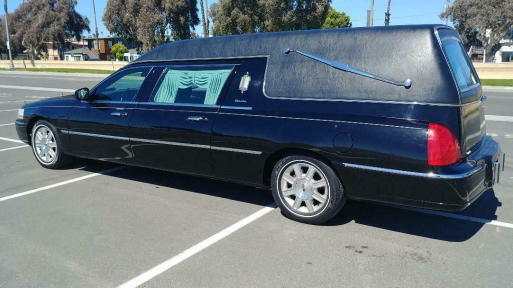 very nice 2007 Lincoln Eureka COACH hearse