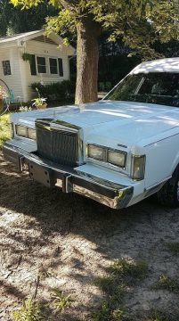 low miles 1988 Lincoln Town Car hearse for sale