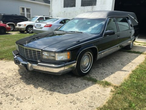 low miles 1995 Cadillac Fleetwood Hearse for sale