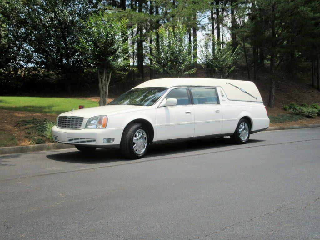 low miles 2002 Cadillac Eureka Hearse