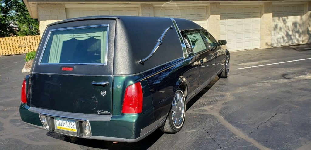 excellent shape 2001 Cadillac Eagle Hearse