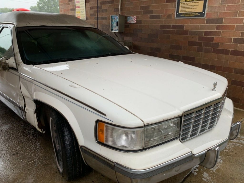 needs work 1998 Cadillac White hearse