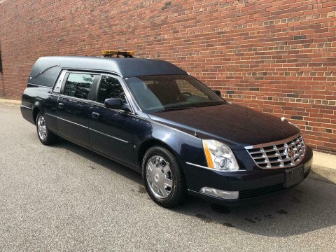 serviced low miles 2006 Cadillac S&S hearse for sale