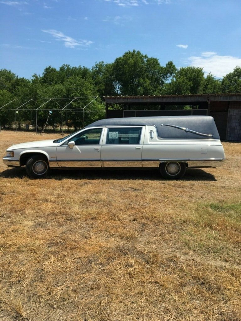 well serviced 1994 Cadillac Federal Landau LT1 Hearse