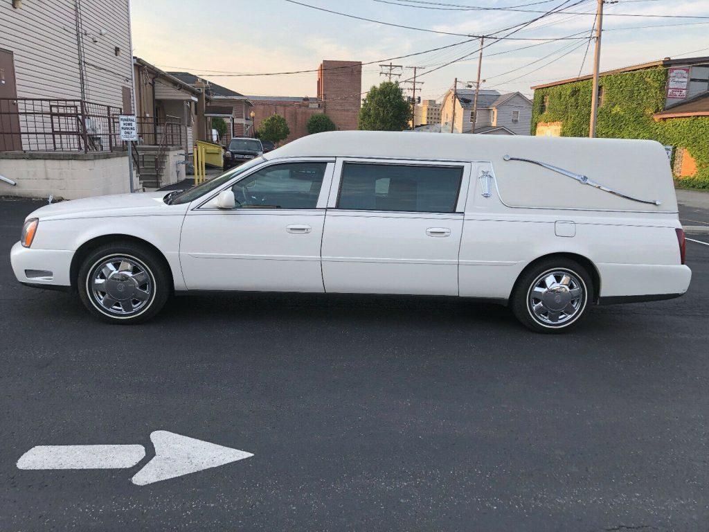 no issues 2001 Cadillac Deville Federal Coach Hearse