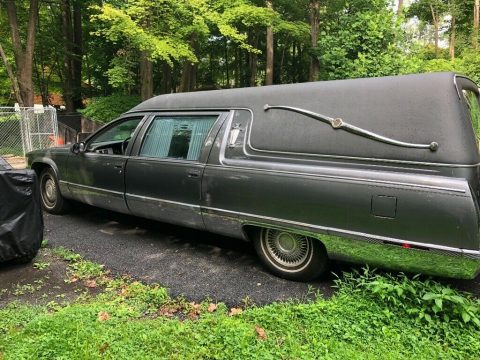 great running 1996 Cadillac Fleetwood hearse for sale