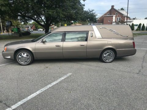 no issues 2001 Cadillac DeVille hearse for sale