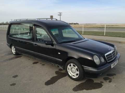 very nice 1998 Mercedes-Benz e210 Coleman Milne Conversion hearse for sale