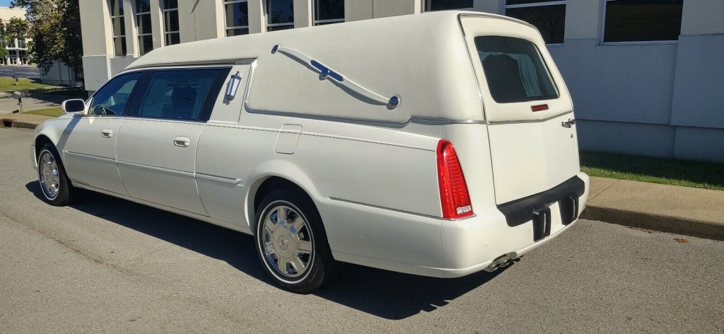 low miles 2007 Cadillac DTS Professional hearse