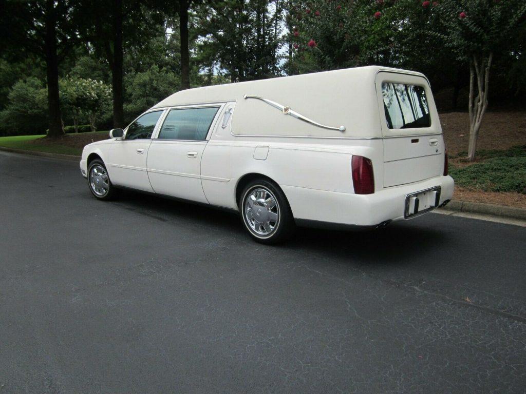 needs work 2002 Cadillac Deville Hearse