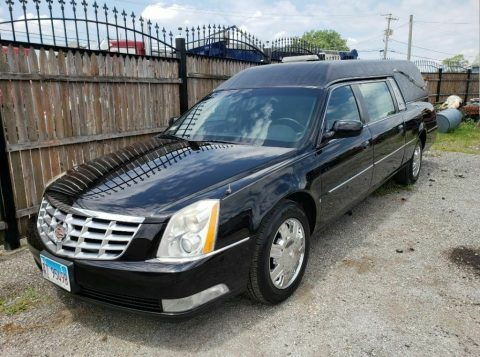 ready for work 2007 Cadillac DeVille hearse for sale