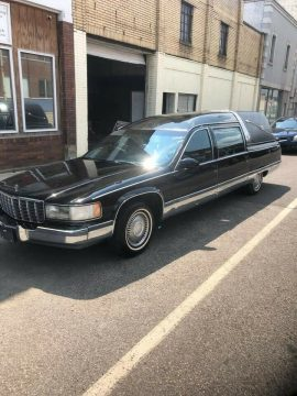 new AC system 1995 Cadillac Fleetwood hearse for sale