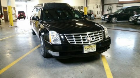 well maintained 2006 Cadillac Deville hearse for sale