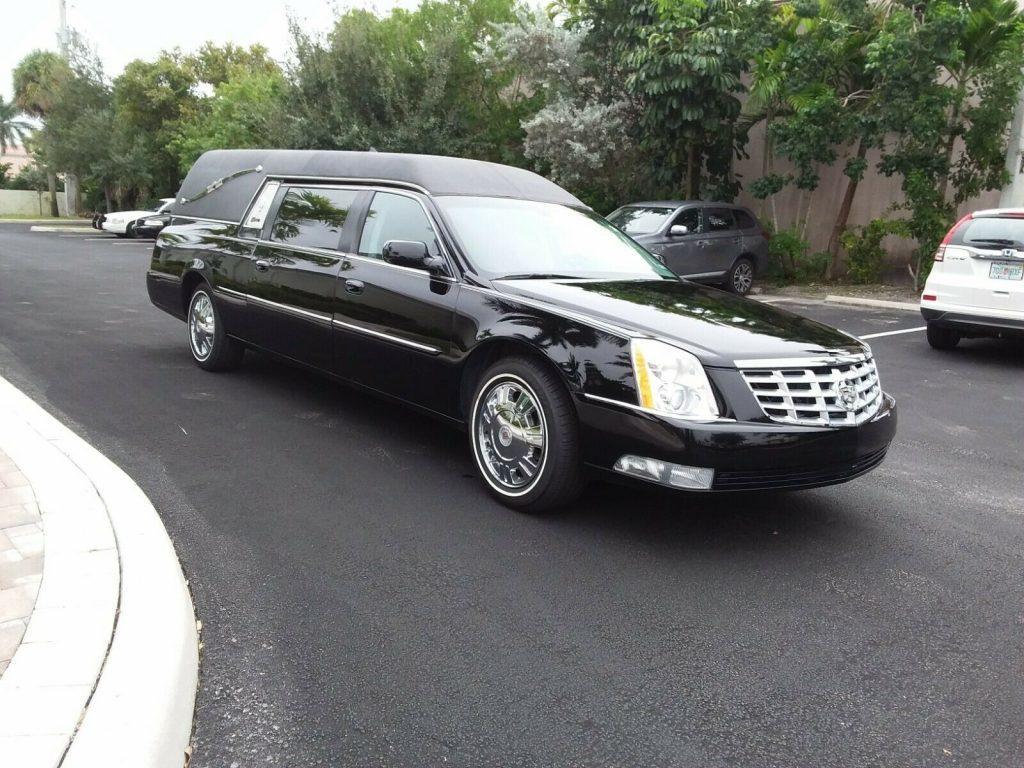 clean 2009 Cadillac DTS Superior STATESMAN hearse