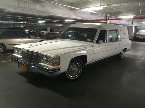 great shape 1984 Cadillac Deville Funeral Coach hearse for sale