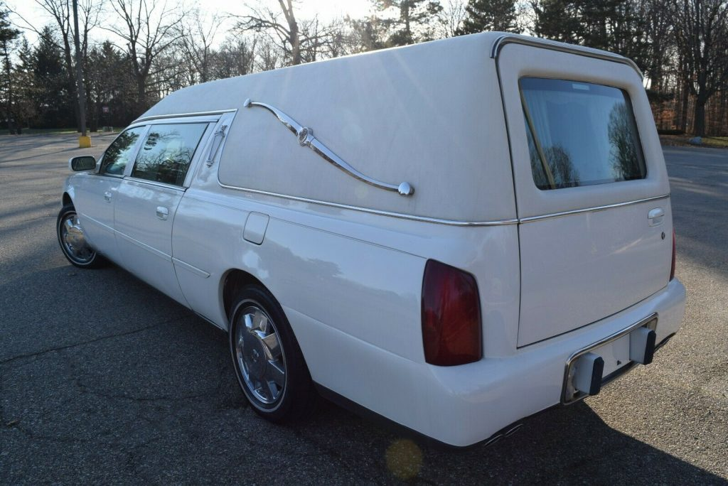 low miles 2004 Cadillac Deville Commercial Chassis Hearse