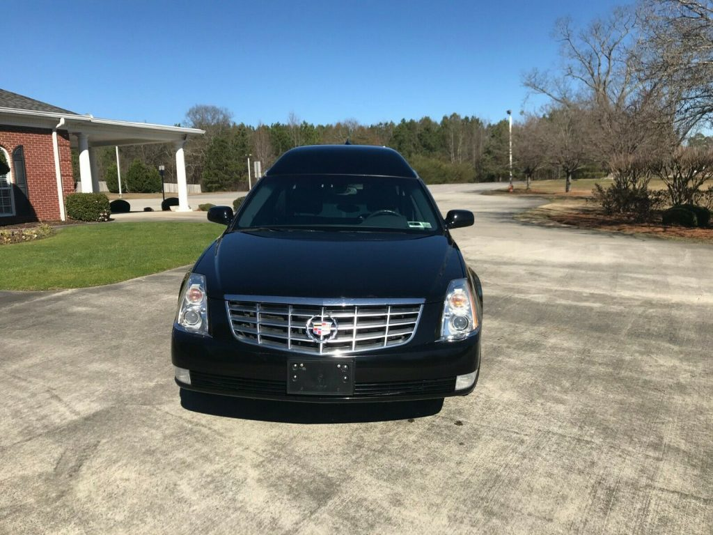 low miles 2010 Cadillac Commercial Chassis hearse