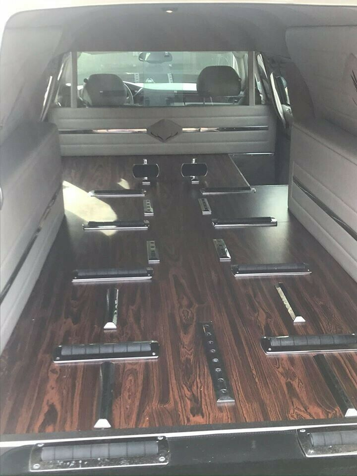 very nice 2002 Cadillac Deville Hearse