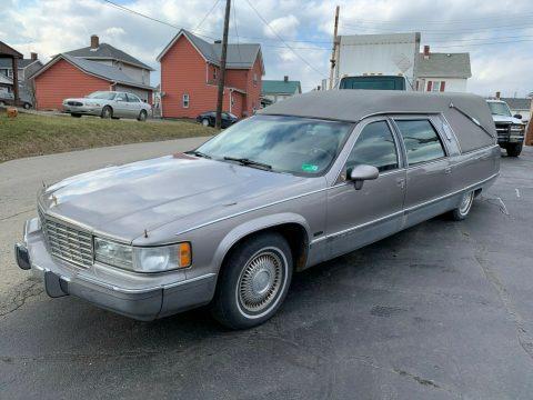great shape 1993 Cadillac Fleetwood Eagle Coach HEARSE for sale